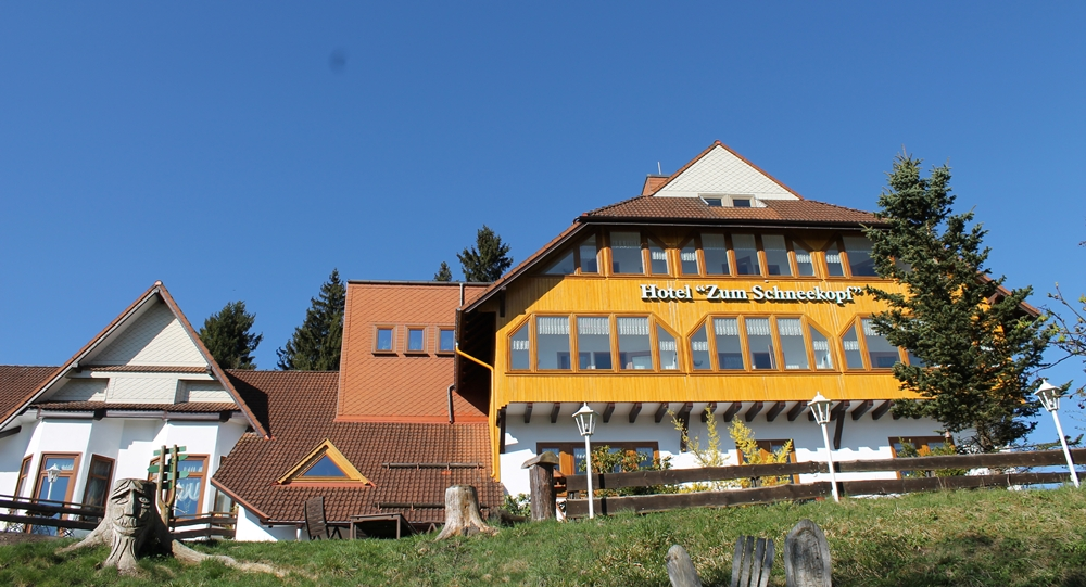 Hotel zum Schneekopf Ferienregion Oberhof gehlberg Thüringer Wald mit Pool und Sauna